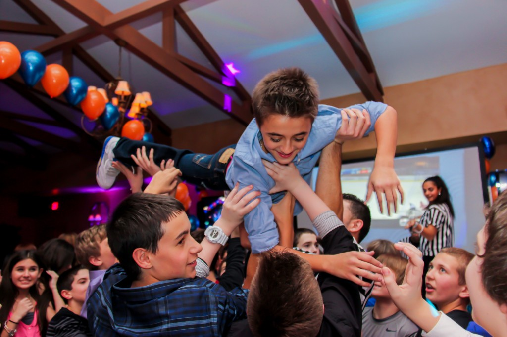 bar-mitzvah-temple-beth-tikvah-0091
