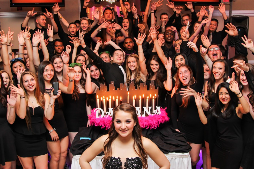 Damiana Sweet Sixteen candlelighting