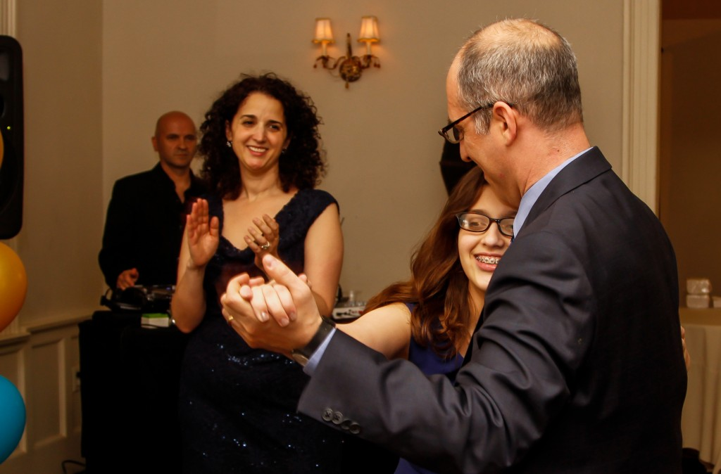 maplewood-club-mitzvah-8077